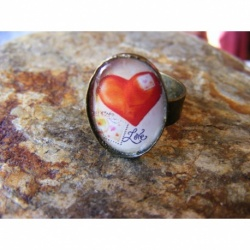 Bague bronze ajustable 13 x 18 mm cabochon le coeur Love